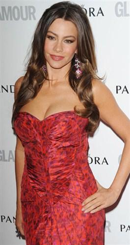 Glamour dergisi 'Yılın Kadınları'nı seçti.   Sofia Vergara-'En İyi Komedi Oyuncusu'