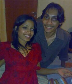 Pinto, Rohan Antao ile 2007 yılında evlenmişti... İlk sinema deneyimi olan Slumdog Millionire'in çekimleri sırasında da en büyük desteği eşinden gördü Pinto..