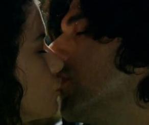Ama iki kahramanın öpüşmesi pek de inandırıcı gelmedi seyirciye..