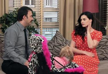 Ekranın en çok güldüren dizilerinden Yahşi Cazibe'nin de seyirciye veda edeceği açıklandı.