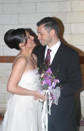 MELTEM CUMBUL- ÇAĞLAYAN TUĞAL Meltem Cumbul 2003 yılının nisan ayında mimar Çağlayan Tuğal ile evlendi. Ama evlilikleri 2004 yılında sona erdi.