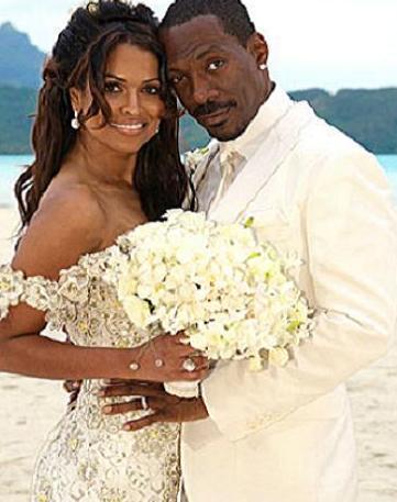 EDDIE MURPHY- TRACY E. EDMONDS  Çift aslında resmi bir töre yapmadı hiç. Sadece ruhani bir törenle evlendiler.