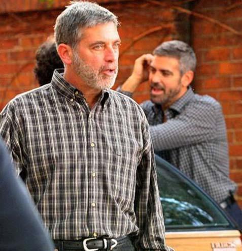 George Clooney'in dublörü ilk bakışta aktöre ikizi kadar benziyor.