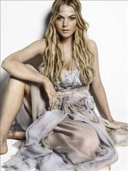 Lindsay Lohan 2007 yılının Haziran ayında, rehabilitasyon merkezinde, yüksek dozda uyuşturucu alırken yakalandı.