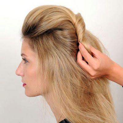 Taradığınız saçı kıvırarak yana doğru alıyorsunuz fotoğraftaki gibi.