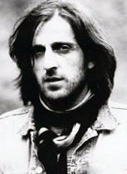 'HAYDE'  Kazım Koyuncu'nun ikinci albümü Hayde 2004 yılında piyasaya çıktı. Türkçe türkülerin yanı sıra Lazca, Gürcüce, Hemşince, Megrelce şarkılarla Karadeniz'in tüm kültür ve renklerini yansıtmaya çalıştı.  Tulum, kemence, kaval gibi otantik çalgıların yanı sıra bas, elektrogitar, davul ve bilgisayar destekli seslerle müziğine hem otantik hem modern öğeler kattı.