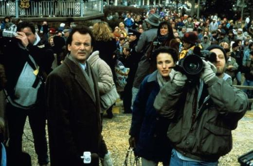 15. Groundhog Day/Bugün Aslında Dündü (1993) Yönetmen: Harold Ramis Oyuncular: Bill Murray, Andie MacDowell, Chris Elliott