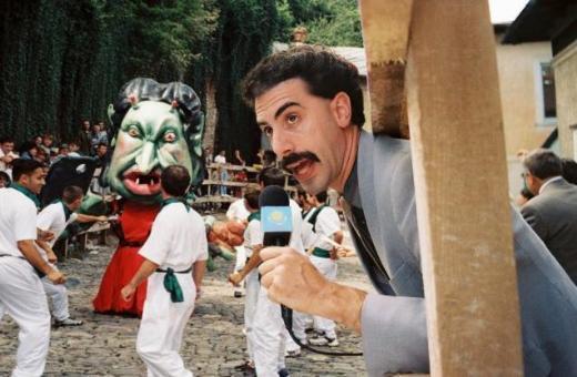 8. Borat/Borat (2006) Yönetmen: Larry Charles Oyuncular: Sacha Baron Cohen, Ken Davitian, Luenell