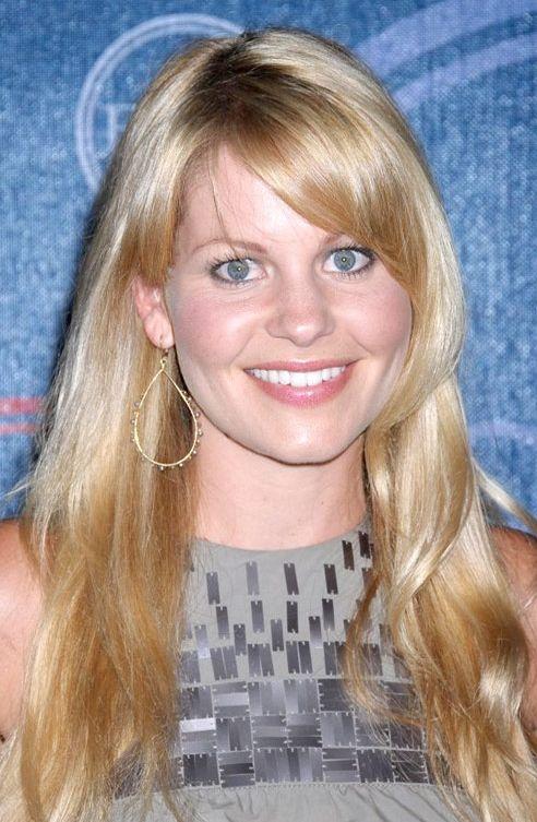 Candence Cameron, Amerikan sitcomu olan 'Full House'da rol almıştı.(dizide Mary Kate- Ashley Olsen'ın ablası rolündeydi) Dönemin en popüler yıldızlarından biriydi.