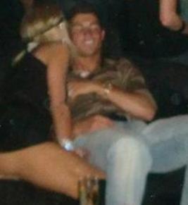 Paris Hilton'un yolu en çılgın zamanlarından birinde Ronaldo ile kesişti.