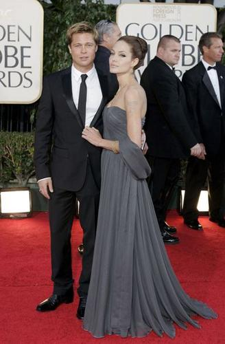 Brad Pitt ve Angelina Jolie en ünlü çiftlerden biri. İkili geçtiğimiz gün nişanlandı.