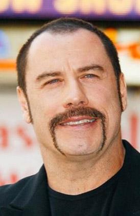 Hatta Travolta'nın kariyerinin bu tarikata katıldıktan sonra yükselişe geçtiği de iddia ediliyor.