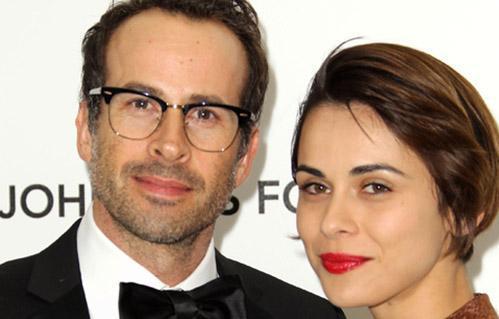 Lee, Türk asıllı Avustralya vatandaşı Ceren Alkaç ile evli.