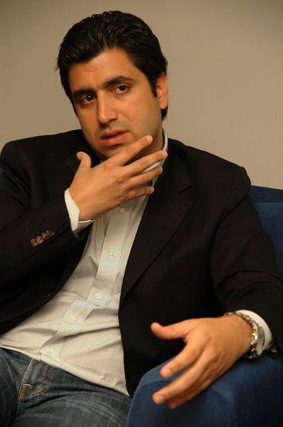 Forbes en çok kazanan 15 dizi yapımcısını açıkladı.  1-Kerem Çatay - AY YAPIM CİRO: 75 MİLYON KAR: 7,2 MİLYON Dizi Sayısı 4