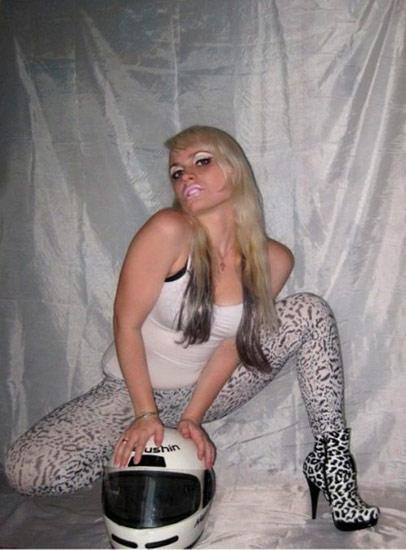 Şimdi internette Katya'nın farklı kişiler tarafından işlenmiş fotoğrafları ve posterleri dolaşıyor.