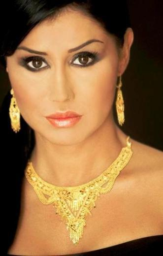 Ceylan, müzik dünyasının görüntüsünü en sık değiştiren ünlülerinden.