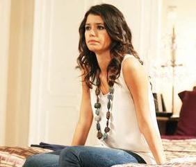 Dizinin en çok konuşulan ve ilgi gören karakteri Beren Saat'in oynadığı Bihter oldu.
