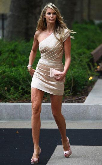 """""""Bayan vücut"""" olarak tanınan Avustralyalı model Elle Macpherson da zamana yenildi."""