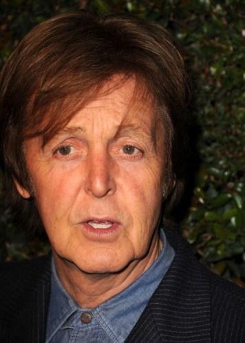 Bitki meraklısı olan Paul McCartney sahne arkasında devasal bitkiler bulunmasını istiyor.