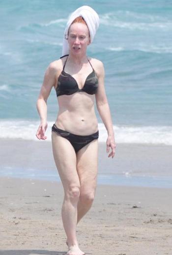 Bikini her yaşta giyilir - 28