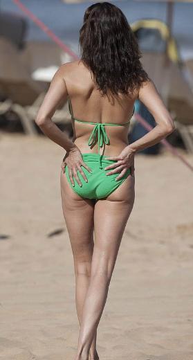 Bikini her yaşta giyilir - 51