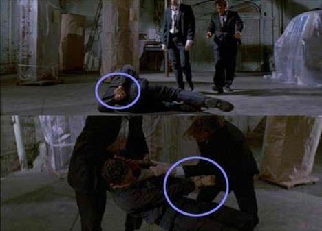 Reservoir Dogs (Rezervuar Köpekleri)  Kelepçelerin yer değiştirmesi Marvin Nash'in işkence yapmak amacıyla getirildiği sahnede, ellerinin arkadan kelepçelendiğini görürüz ancak Marvin Nash'i tekmelemeye başladıkları sahnede ise ellerinin önden kelepçelendiğini görürüz. Birkaç sahne sonra ise ellerinin yeniden arkadan kelepçelendiğini görürüz.