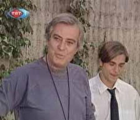 Son dönemin en gözde aktörlerinden Engin Altan Düzyatan, yıllar önce Koçum Benim'de oynuyordu.
