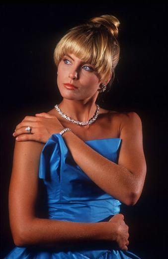 Kim Alexis, 1980'lerde podyumda fırtınalar estirirdi.
