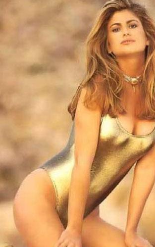 Kathy Ireland 80'lerin en gözde mayo modellerinden biriydi.