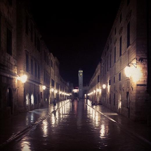 """ENİS ARIKAN """"Dubrovnik sokaklarında bu saatte kimse kalmıyor"""""""