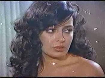 Türk erotik sinemasının ünlü yıldızı Egeliler, jet hızında filmlerin çekildiği 70'lerin sonunda oyunculuk yapmıştır. Bir yılda çevirdiği 37 filmle bir rekora imza atmıştır.