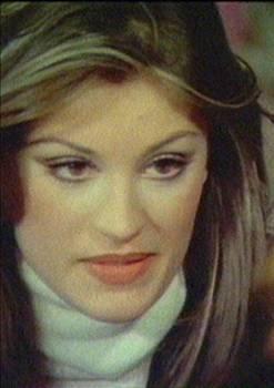 """ülşen Bubikoğlu, 1973 yılında Sinema Dergisi'nin açmış olduğu yarışmada sinemayla tanıştı. """"Yaban"""" filminde ilk başrolünü oynadı. Komediden drama kadar birçok farklı türde başarılı bir performans göstermiş, canlandırdığı unutulmaz karakterlerle hafızalara kazınmıştır.   25. Antalya Altın Portakal Film Festivali'nde, Halit Refiğ' in """"Kurtar Beni"""" filmindeki rolüyle """"En İyi Kadın Oyuncu"""" ödülünün sahibi olmuştur."""