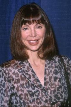 Dizideki Bobby'nin karısı Pamela'yı Victoria Principal canlandırıyordu.
