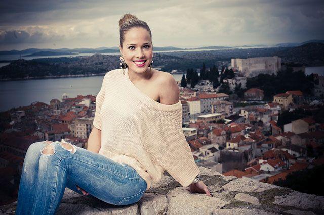 İtalyan La Repubblica gazetesi, 2009 yılında Pescara'da düzenlenen Akdeniz Oyunlarında da Antonija Misura'nın en güzel kadın sporcu olduğunu hatırlatarak aynı zamanda modellik yapan Hırvat basketbolcunun uzak ara dev şölene katılan diğer sporculara fark attığını yorumladı.