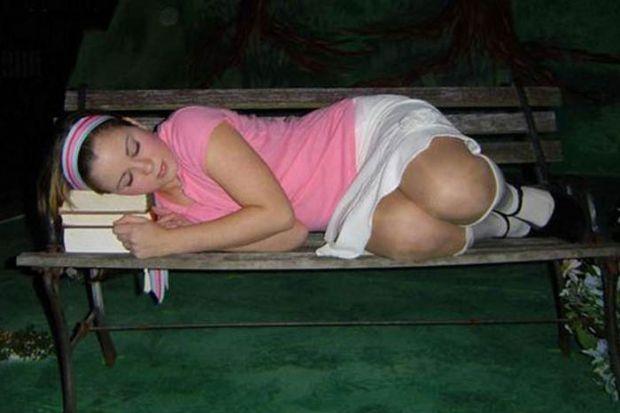 Uyuyan güzeller - 48