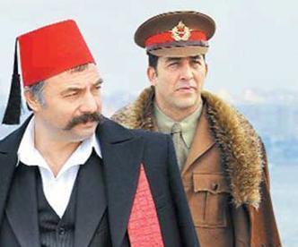 USTURA KEMAL Haldun Sevel'in yarattığı Ustura Kemal şimdi de dizi oldu.