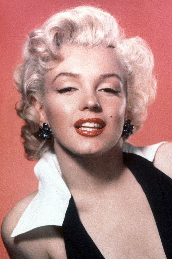 Marilyn Monroe:  1952 Hollywood Pırıltısı her şeyi ile bir ikon...