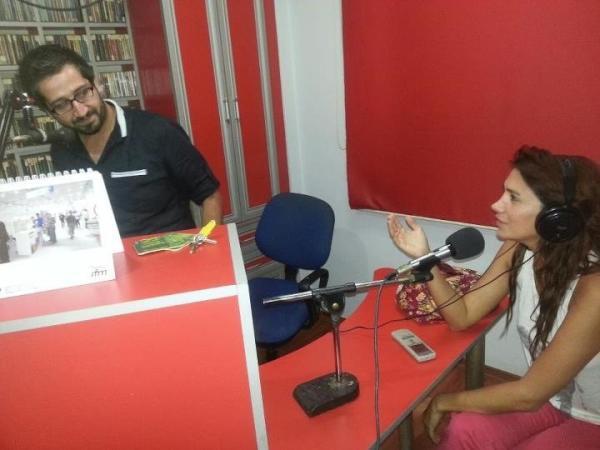 "NİLAY DORSA ""Adanaya gelmisken radyo programinada katildik"""