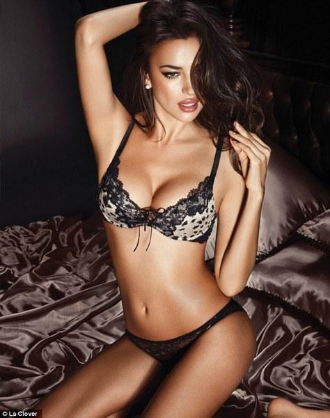 Ünlü modelden seksi pozlar - 2