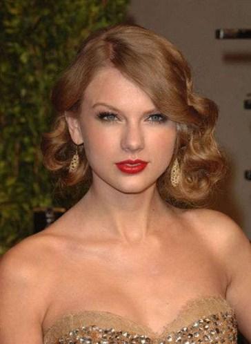 12-Taylor Swift