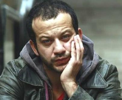 Başrollerde Kenan İmirzalıoğlu ve Bergüzar Korel var. Kuzey- Güney'den ayrılan Rıza Kocaoğlu da bu diziye transfer oldu.