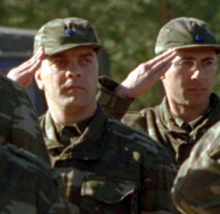 Beyazıt Öztürk yemin töreninde ekrandakinin aksine böyle ciddi görünüyordu.