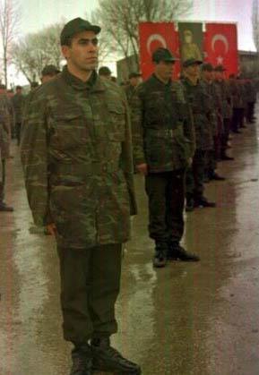 Ünlülerin askerlik fotoğrafları - 35