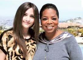 14 yaındaki Paris Jackson, ünlü televizyoncu Oprah Winfrey'e konuştu ve hayatıyla ilgili bilinmeyenleri anlattı.