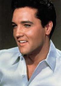 Ancak hayranları onun ölümüne inanmak istemiyordu bi türlü. Bir teoriye göre aslında Elvis o tarihte ölmemişti. Ancak 1990'larda öldü. Bir başka teoriye göre de Presley, CIA'nin rock'n roll'u yok etme planına kurban gitmişti.