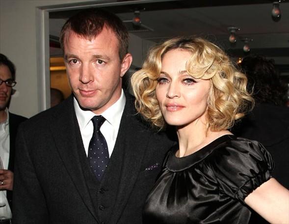 Madonna - Guy Ritchie çifti arasında da 10 yaş fark bulunuyor.