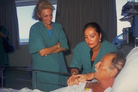 Sinemaya yıllarını veren usta sanatçı, karaciğer yetmezliği nedeniyle uzun yıllar tedavi gördü.