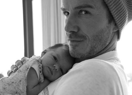 Çift sonunda muradına erdi. Victoria Beckham kısa bir süre önce Harper Seven adını verdikleri bir kız çocuğu dünyaya getirdi.