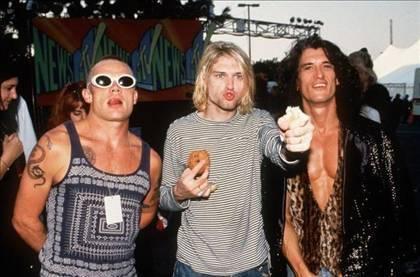 Flea, Cobain & Joe Perry