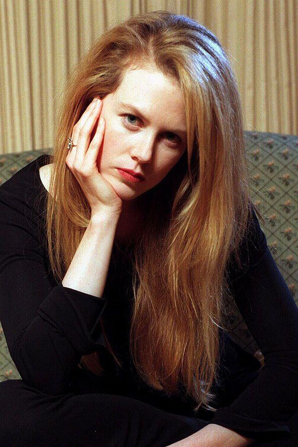 Alevli, seksi saçlarıyla Nicole Kidman klasikleşmiş bir zencefil kızıl kadını olarak karşımıza sürekli çıkıyor. Nicole'un bu görünüşünü seviyoruz.